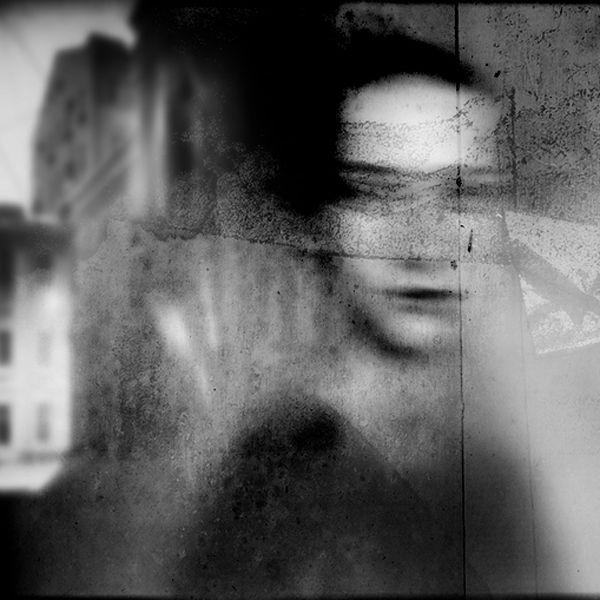Leslie Avon Miller: Photo