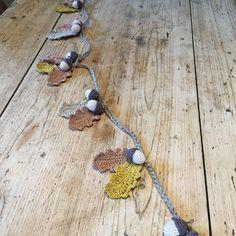 Autumn garland Crochet tutorial on the LoveCrochet blog, thanks so xox ☆ ★…