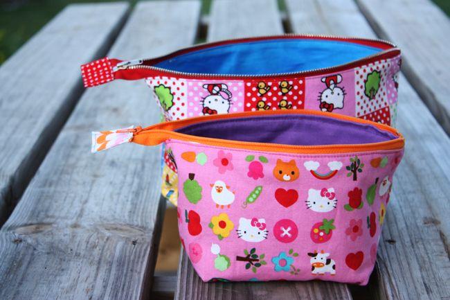 Noodlehead: open wide zippered pouch: DIY tutorialBags Tutorials, Wide Zippers, Bags Pattern, Diy Tutorials, Makeup Bags, Pouch Tutorials, Zippers Pouch, Hello Kitty, Open Wide