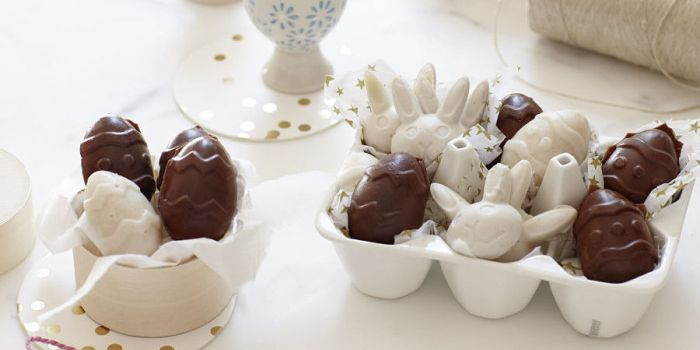 These chocolate Easter eggs from Zara D'Cotta are filled with I Quit Sugar's Gut Lovin' Gelatin!