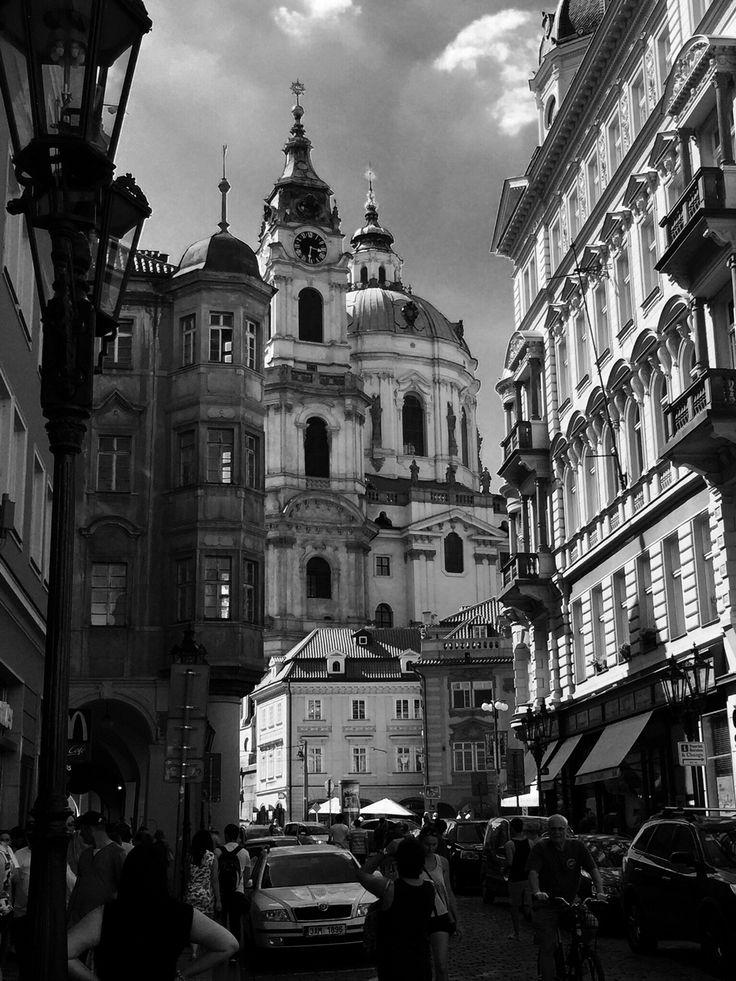 Foto: Praag (straat vanaf de Kruittoren)