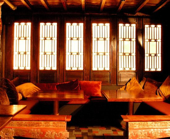 Chinese style interiors specific design ssd is an - Chinese restaurant interior pictures ...