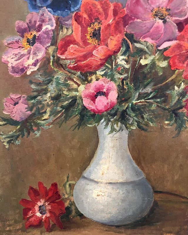 French Flowers in a Pale Blue Vase. Coming to the WebShop this Friday evening! #frenchflorals #vintagefrance #fridayflowers #vintagepainting #oiloncanvas #vintageframe #artshop #artonline #artsource #artwalls #frenchpainting #frenchcountryside #vintageart #vintageartemporium