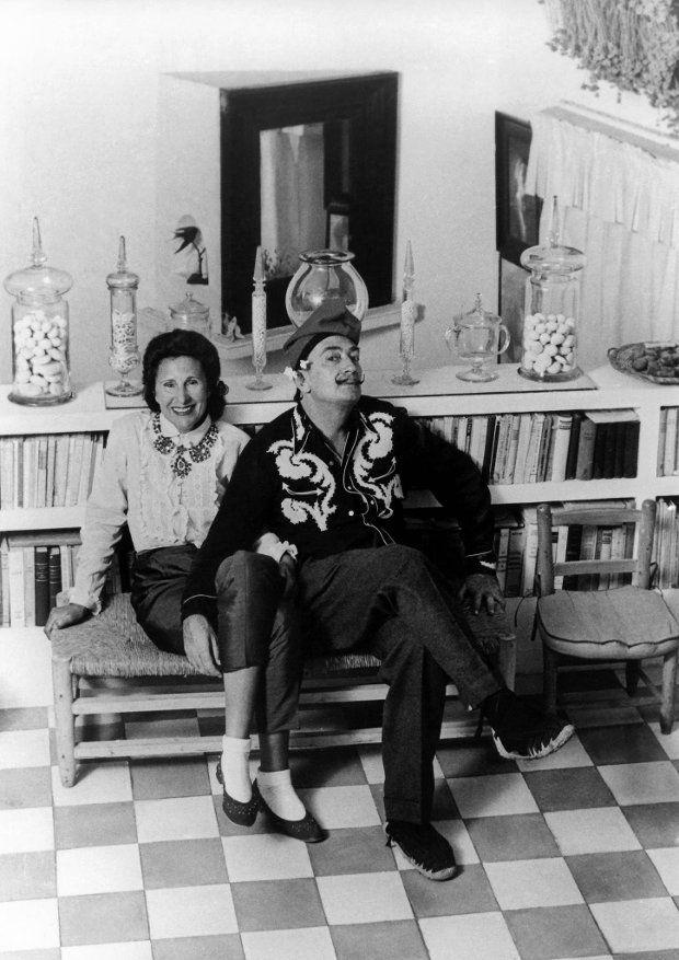 25 lat temu zmarł Salvador Dali. Chciał być kucharką i Napoleonem, został 'siedliskiem geniuszu'
