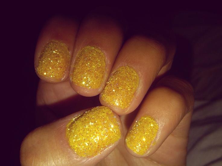 yellow glitter lips - photo #6