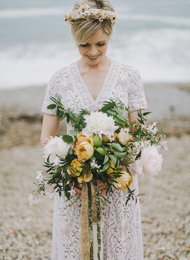 Bohemian beach bride.Bohemian Bouquets, Pink Flower, Bouquets Inspiration, Bohemian Beach, Bridal Bouquets, Bouquets Ideas, Floral Inspiration, Blushes Bridal, Beach Brides