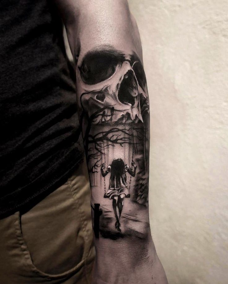 Dark realistic sleeve tattoo by Adrian Lindel