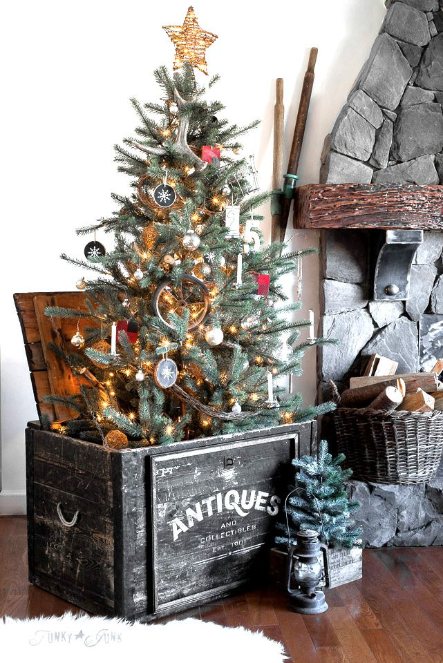 Christmas tree in an Antiques crate - frame out and stencil a plain lidded crate to create a one-of-a-kind tree stand! With Antiques stencil from Funky Junk's Old Sign Stencils and Fusion Mineral Paint. Tutorial at funkyjunkinteriors.net