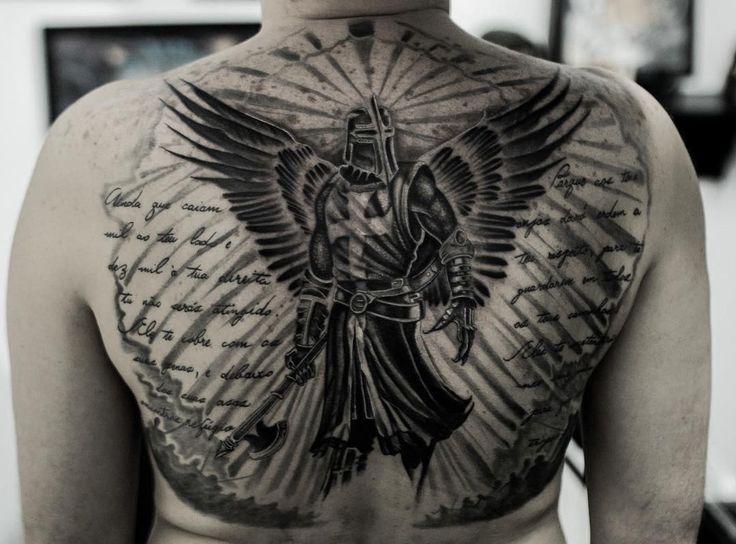 "288 Synes godt om, 7 kommentarer – Pedro Neves (@pedronevestattoo) på Instagram: ""Anjo templário com Salmo 91 nas laterais ! #angel #angeltattoo #letteringtatyoo #lettering…"""