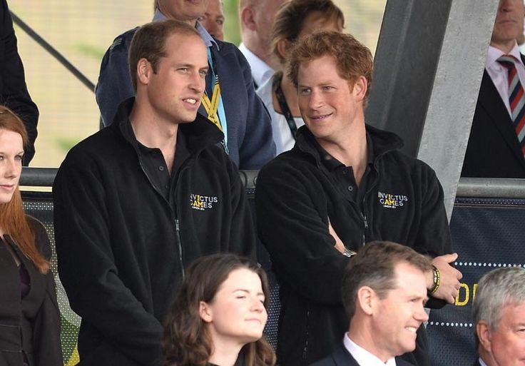 El príncipe Guillermo muestra públicamente su apoyo a su hermano Harry y su novia Meghan Markle
