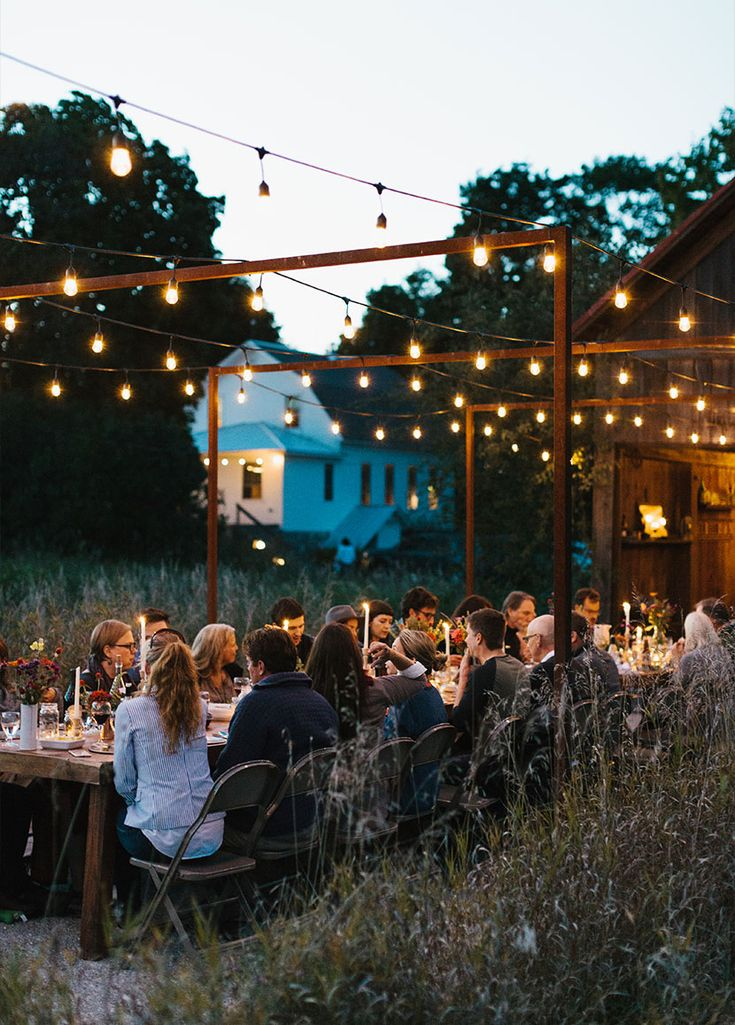 A Fall Gathering in Northport, Michigan. Inspiration perfect for an outdoor gathering under bistro lights in the fall. More on The Fresh Exchange from Megan Gilger. #Gather #Outdoor #Simple #Fall http://thefreshexchange.com/seasonal-gathering-fall-harvest/