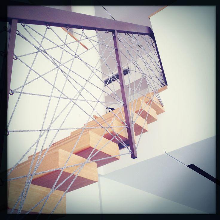 scala con parapetto in corda