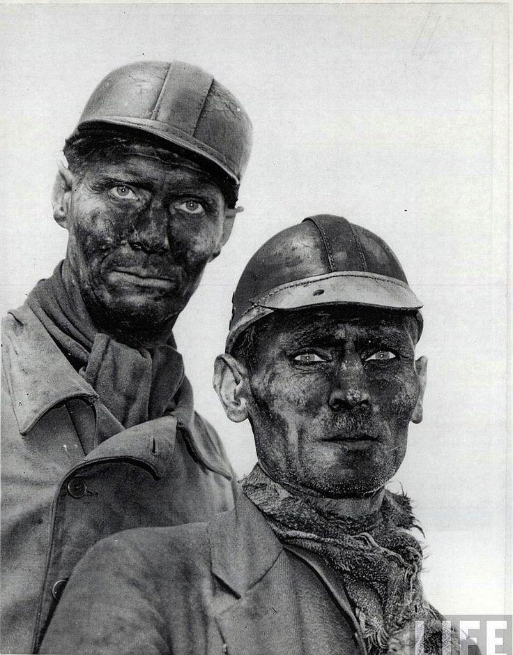 Miners in Gelsenkirchen, Germany, by Margaret Bourke-White 1945