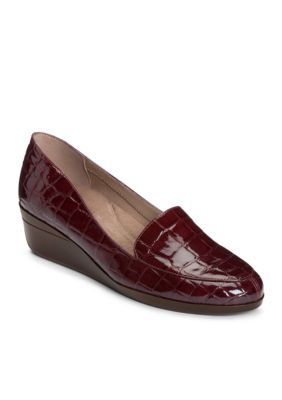 Aerosoles Women's True Match Tailored Wedge Loafer - Wine Crocodile - 10.5W