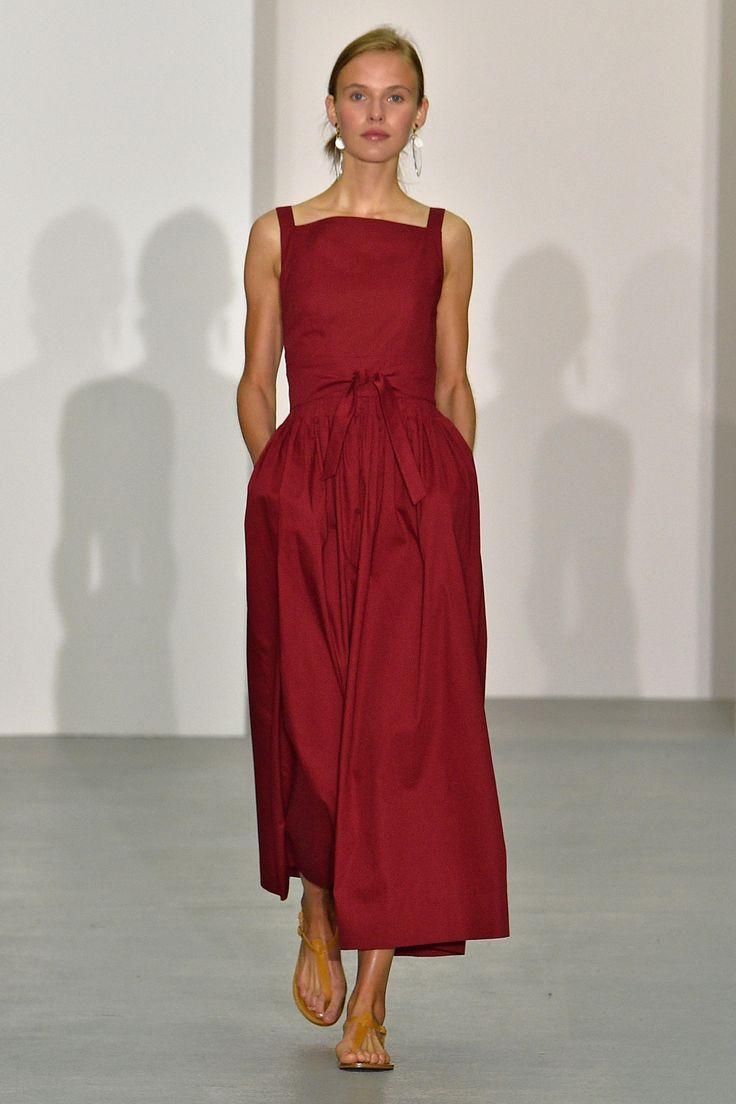 Jasper Conran SS17 Womenswear Collection                                                                                                                                                                                 More