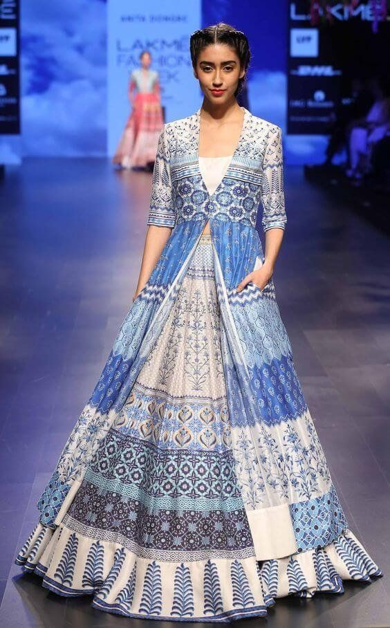 www.vagabomb.com amp Mehendi-Outfits-for-the-Elegant-Indian-Bride