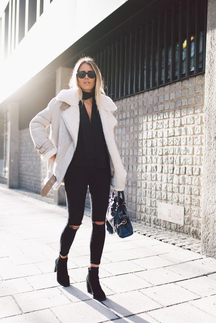 RayBan glasses/ Acne jacket/ Lindex scarf/ Nelly jeans / Balenciaga bag/ Jennie Ellen shoes