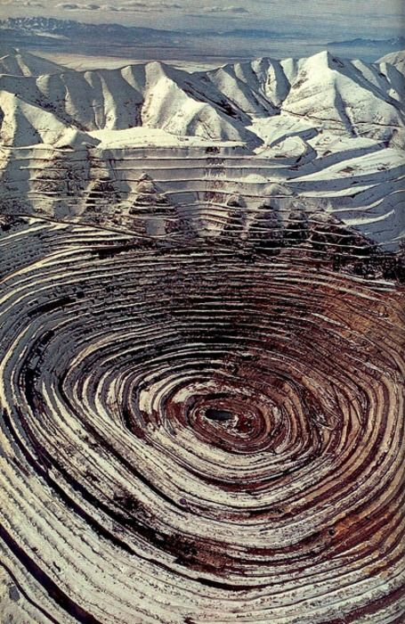 circles. kennecot copper mine.. utah