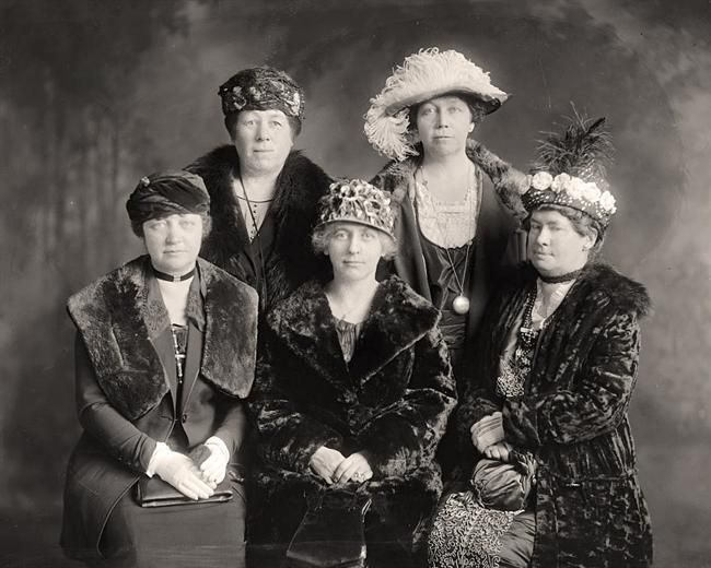 anti flirt club The anti-flirt club, set up in the united states during the interwar period, was set up in order to allegedly protect women from unwanted advances from men in.