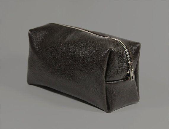 """Handmade Leather Dopp Bag """"Oscar Brown"""", Mens Toiletry Bag, Brown Leather Dopp Kit, Gift for Men, Mens Travel Bag, Leather Shaving Kit"""