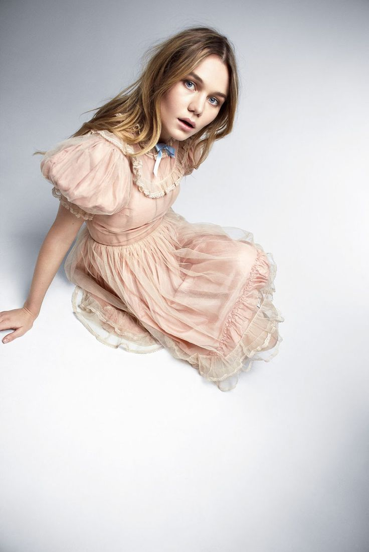 The Age of Innocence: mogen Waterhouse by Jenny Gage & Tom Betterton for Town & Country March 2017