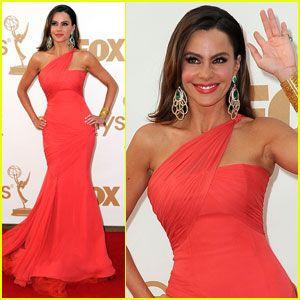 The Hottest Mom at the 2011 Emmy Awards: Sofia Vergara