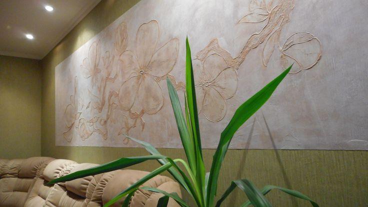 Красивые стены, сакура, барельеф, панно, ваза, цветы, декоративная штукатурка, штукатурка, шпаклёвка, клей пва, узор, картина, рисунок, эскиз, искусство, декор, стена, краски, ремонт. Beautiful walls, bas-relief panels, vase, flowers, decorative plaster, stucco, plaster, PVA glue, design, painting, drawing, sketch, art, decor, wall, paint, repair