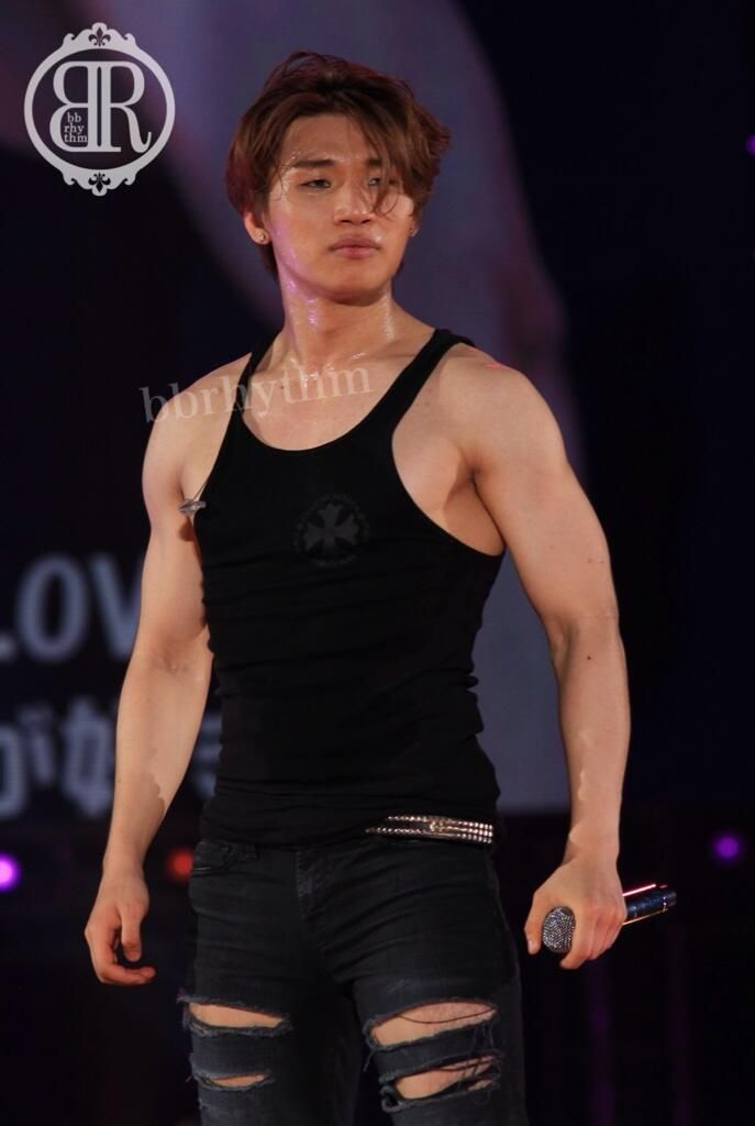 daesung....oh sweet lord (clutches pearls as tears fills my eyes)