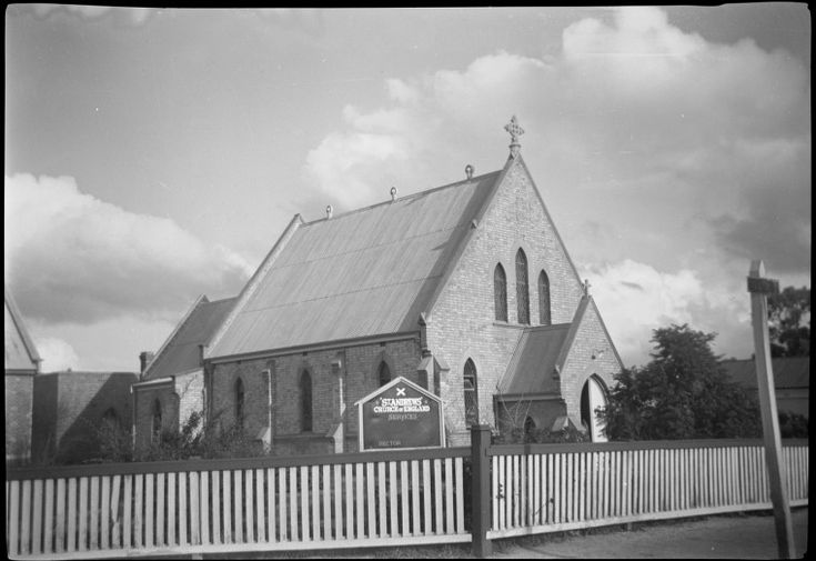 274848PD: St Andrew's Church, Katanning, 1960 http://encore.slwa.wa.gov.au/iii/encore/record/C__Rb4398544?lang=eng