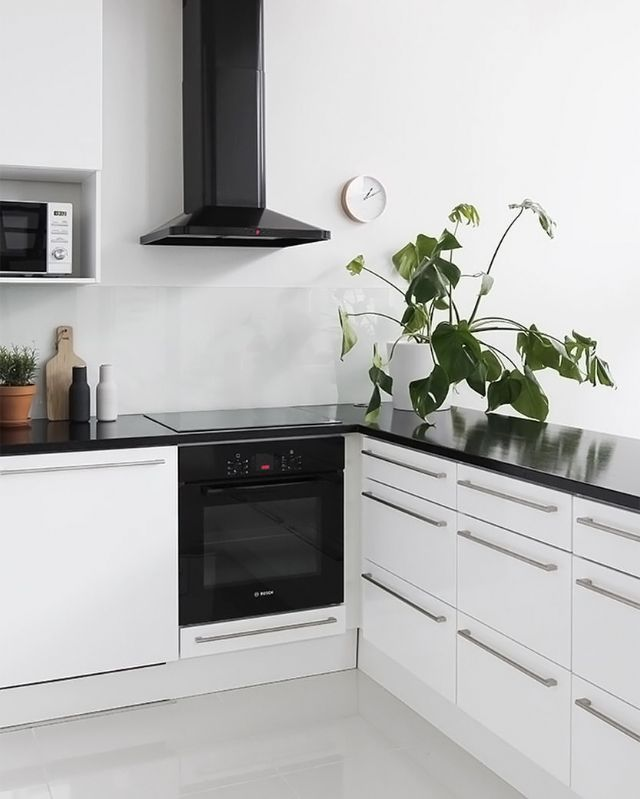 Love this monochrome kitchen. Menu Bottle Grinders available at www.istome.co.uk