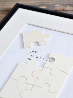 DIY- Anleitung: Überrasche am Valentinstag mit einem Puzzle, Liebe / lovely diy tutorial: make a puzzle for valentines day via DaWanda.com