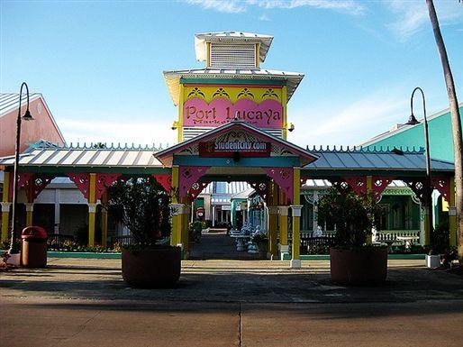 Freeport Bahamas Lucaya Store
