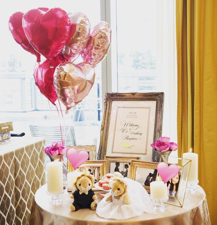 ウェルカムスペース☺️ @mary415さんに作成して頂いたウェルカムボード、本当に素敵でオーダーしてよかったですありがとうございます あとは、リッツライオンのぬいぐるみ、キャンドル、フォトフレームをいくつか ハートバルーンは、電報で頂きました✨ もっと時間があったらこだわりたかったです〜 #リッツカールトン東京 #リッツカールトン #ritzcarlton #theritzcarlton #結婚式 #wedding #卒花 #プレ花嫁 #ウェルカムスペース #リッツライオン #zarahome #キャンドル #バルーン電報 #イヴピアジェ #ウェルカムグッズ