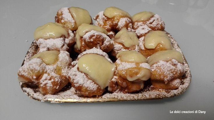 Le castagnole con crema pasticcera sono delle frittelline dolci di Carnevale