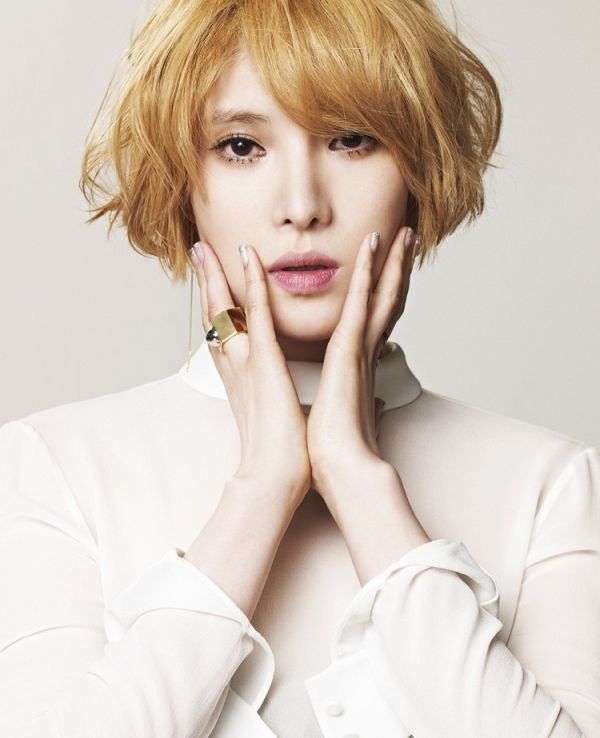 Singer Gummy (Park Ji-yeon) in K Fashion