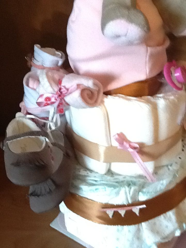 Detail French diaper cake For a   Petite princesse  By 100 pour 100 Amour Made in France
