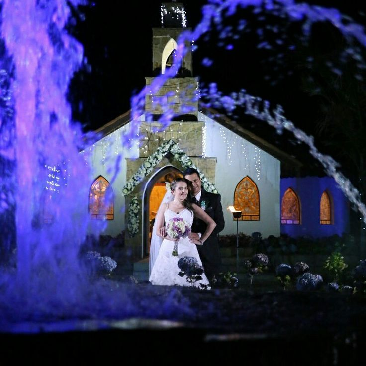 Fotografia de bodas en la capilla subachoque