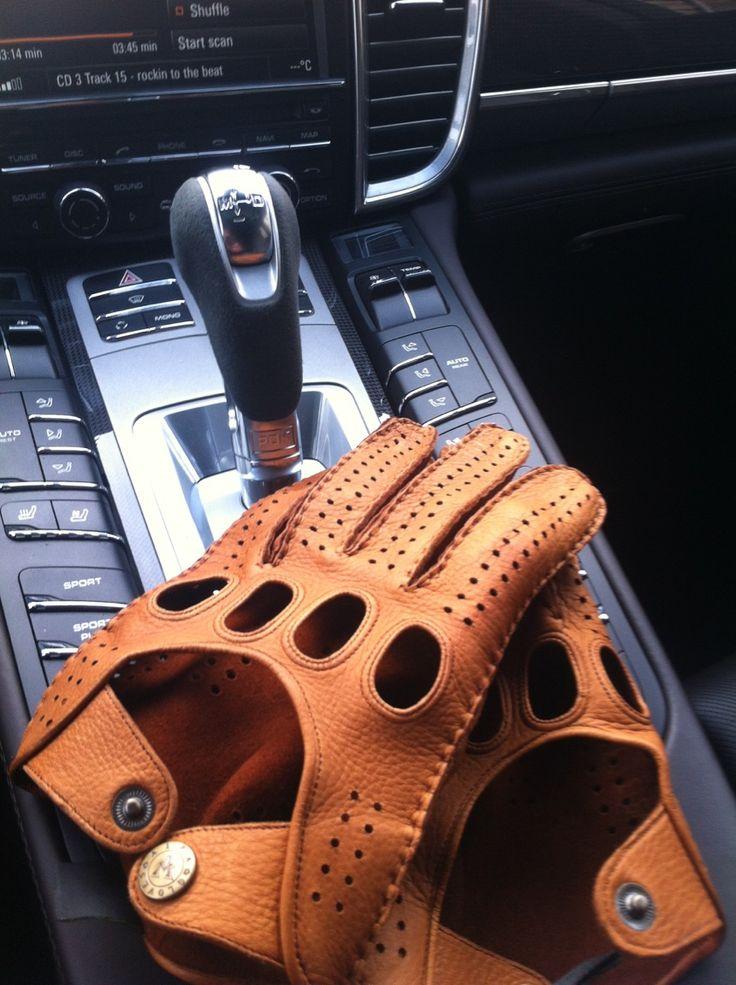 Alpa Gloves driving gloves and Porsche