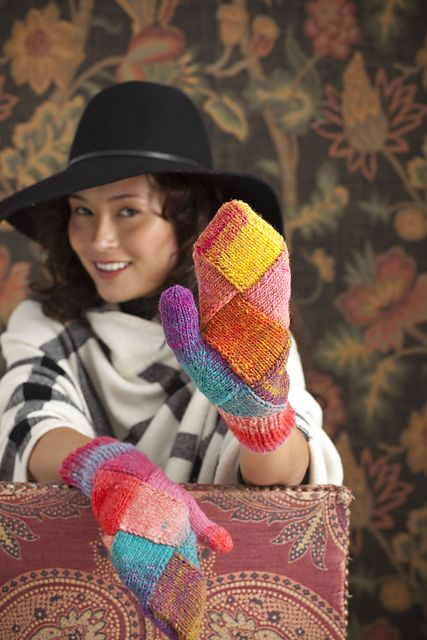 Ravelry: Entrelac Mittens pattern by Holli Yeoh