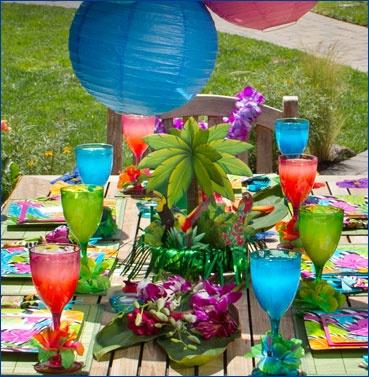 luau table decorations centerpieces