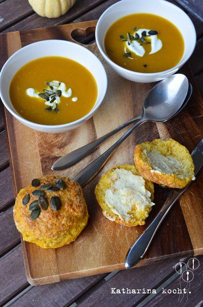 It's Pumpkin Everything Time: Kürbis-Scones mit Thymian und Parmesan - Katharina kocht