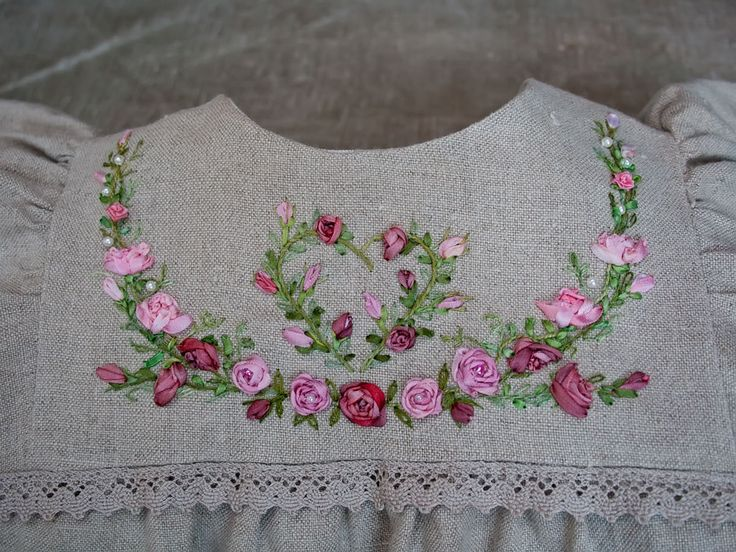 Why have I never learned ribbon embroidery when I love it so much?