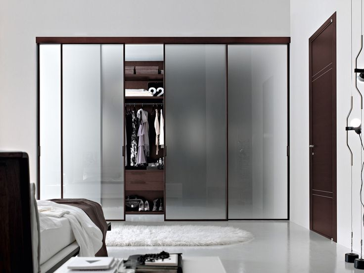 Walk in closets designs: luxury walk in closet with blurred glass sliding door mixed stunning master bedroom ideas