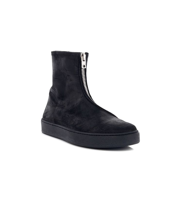 THE LAST CONSPIRACY The Last Conspiracy Man Black ankle boots with zipper calfskin black rubber sole  asymmetric zipper closure 100% Leather