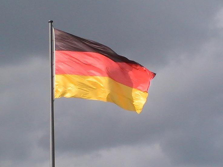 german flag.... bandera alemana