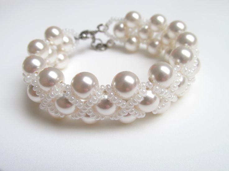 Bracelet made of Swarovski pearls and beads Bratara cu perle Swarovski si margelute sticla Can be ordered here: https://www.facebook.com/handmadebutic
