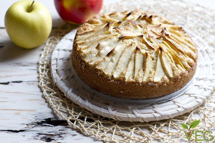 Oggi vi insegnamo la nostra ricetta della torta di mele vegan, leggera, friabile e golosa, un successo assicurato!