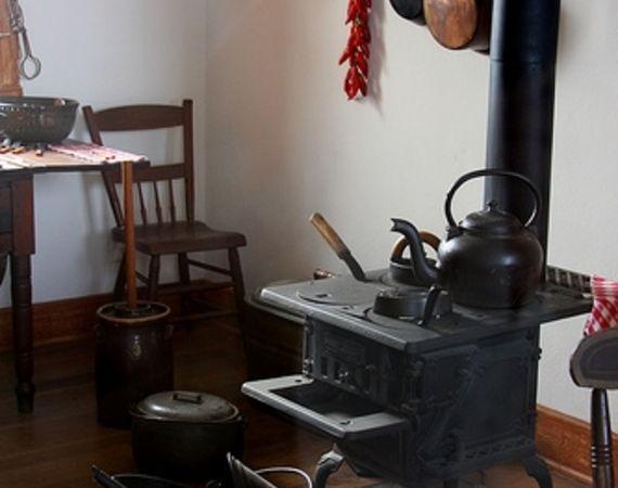 1910 Stove | Information of Antique Kitchen Stoves | Kitchen Installation
