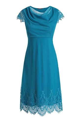 bestikte, zachte jurk van tule