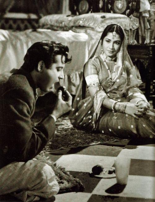 Meena Kumari and Guru Dutt in Sahib Bibi Aur Ghulam.